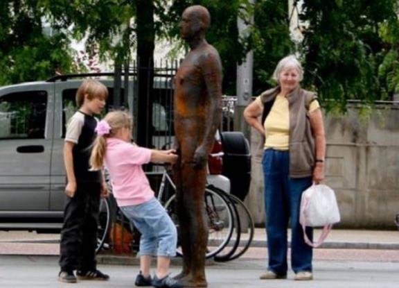 Diversão com estátuas 41