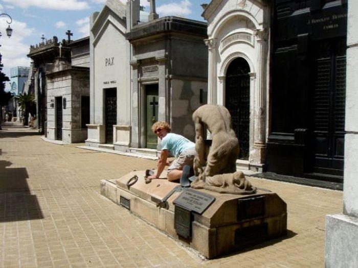 Diversão com estátuas 83