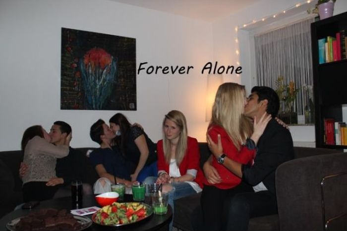 Forever Alone do mundo real 02