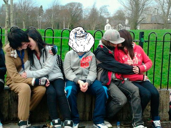 Forever Alone do mundo real 26