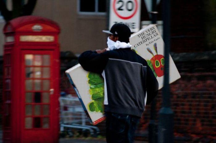 Imagens fotochopadas dos saqueadores de Londres 26