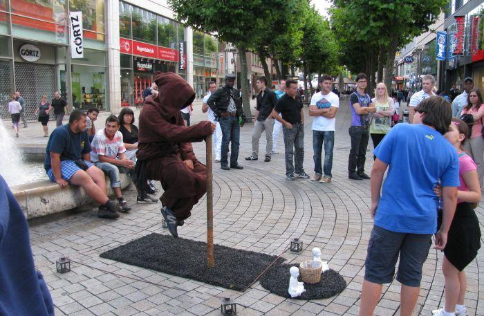 Ioga e levitação urbana 01