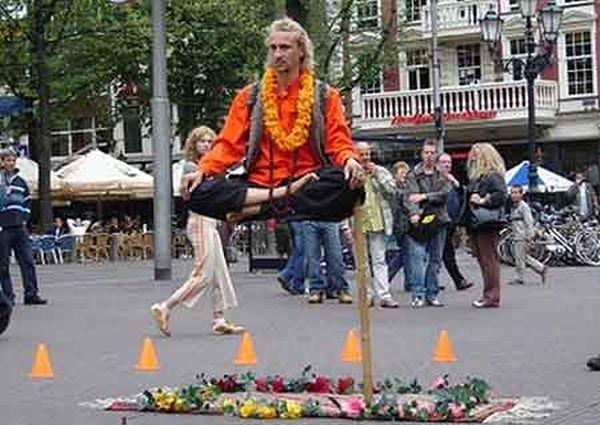 Ioga e levitação urbana 04