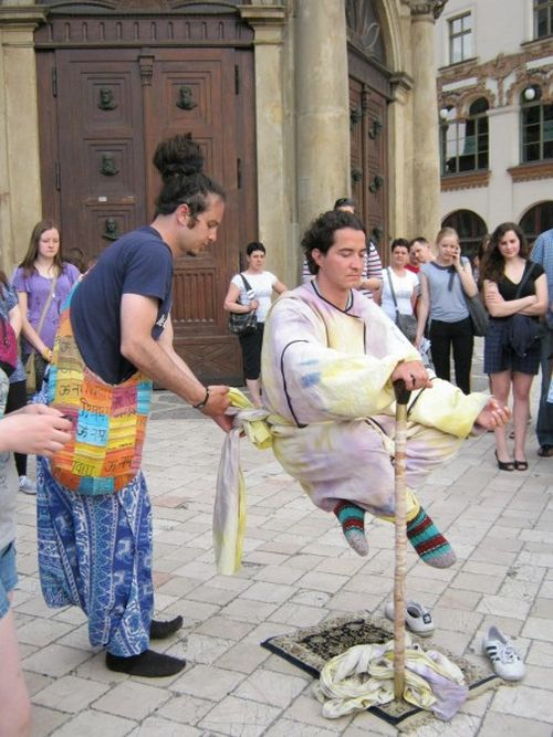 Ioga e levitação urbana 07