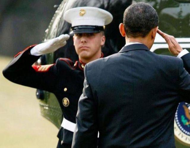 Como Obama assina os documentos 08