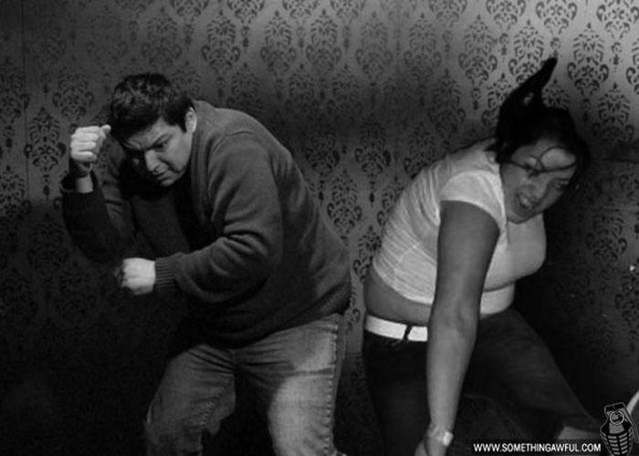 Visitantes da casa assombrada foram fotochopados 44