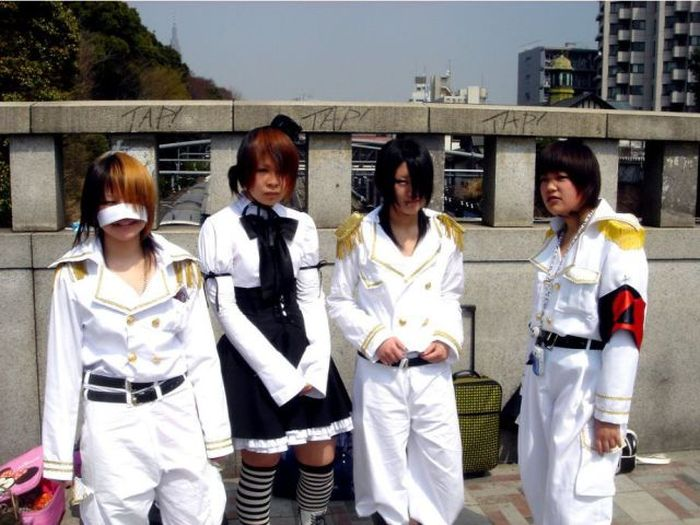 A extravagância da espalhafatosa juventude japonesa 14
