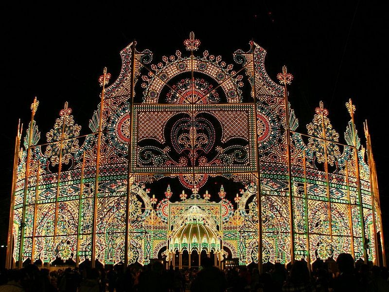 O festival de luz Kobe Luminarie, no Japão 01