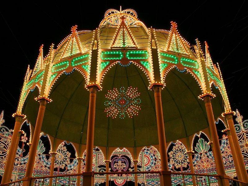O festival de luz Kobe Luminarie, no Japão 04