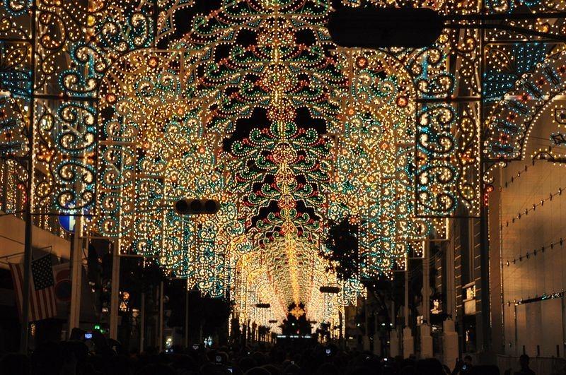 O festival de luz Kobe Luminarie, no Japão 07