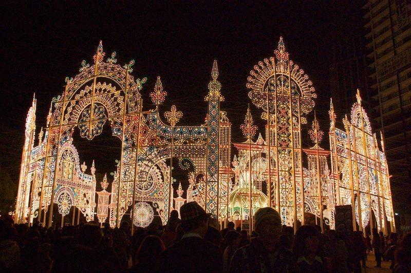 O festival de luz Kobe Luminarie, no Japão 08