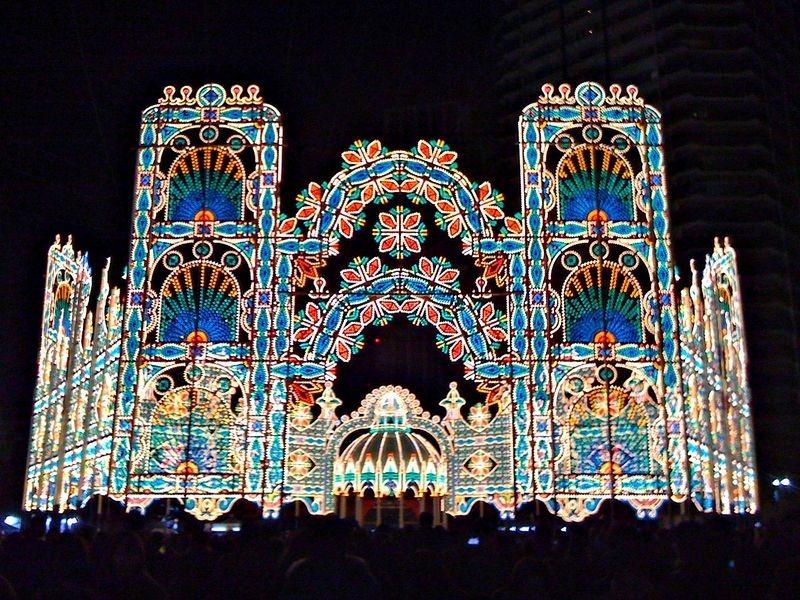 O festival de luz Kobe Luminarie, no Japão 15