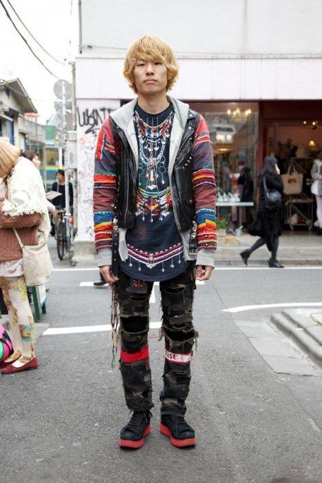 Japonês estranho com roupa esquisita 2 12