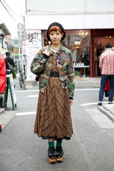 Japonês estranho com roupa esquisita 2 13