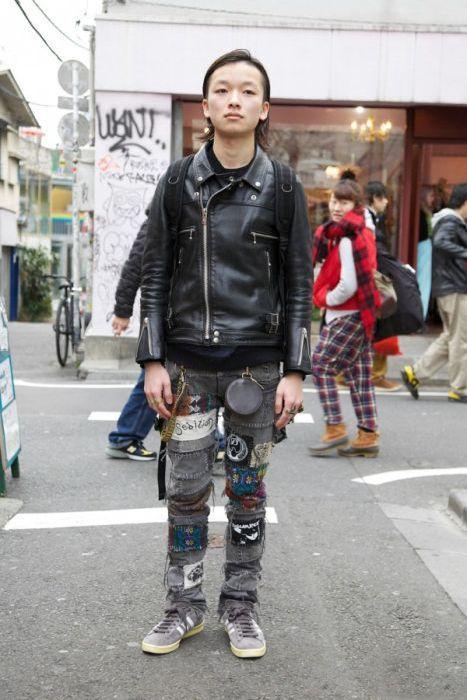 Japonês estranho com roupa esquisita 2 14