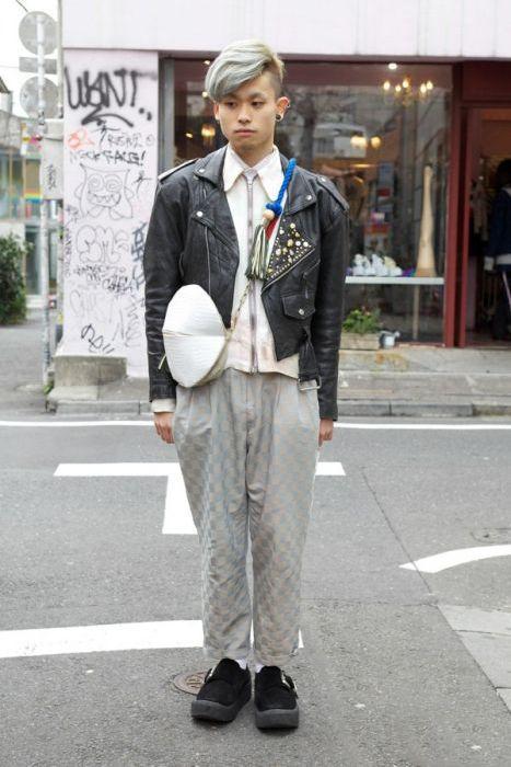 Japonês estranho com roupa esquisita 2 22
