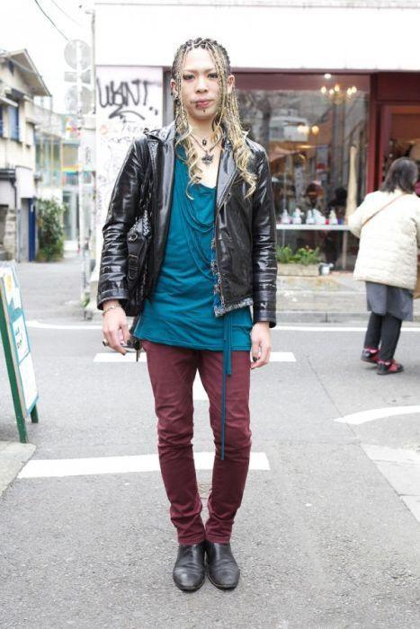 Japonês estranho com roupa esquisita 2 25