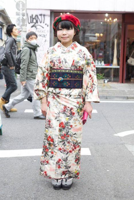 Japonês estranho com roupa esquisita 2 27