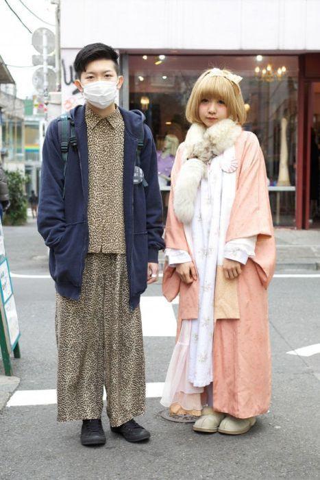 Japonês estranho com roupa esquisita 2 31