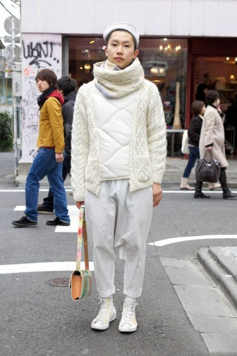 Japonês estranho com roupa esquisita 2 33