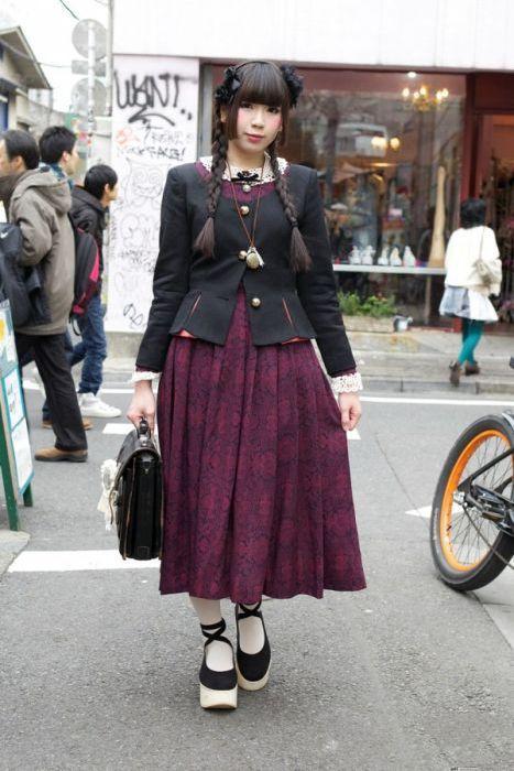 Japonês estranho com roupa esquisita 2 37