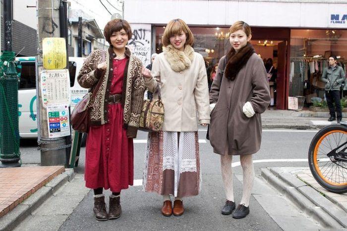 Japonês estranho com roupa esquisita 2 38