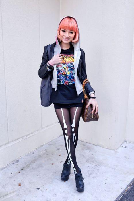 Japonês estranho com roupa esquisita 2 59