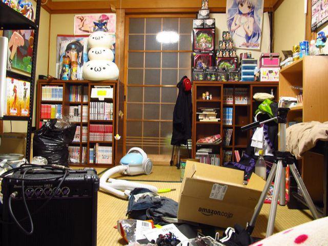 Casas de jovens geeks japoneses emancipados 13
