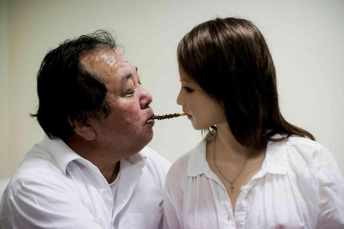 O estranho caso dos japoneses que trocaram suas esposas por bonecas realistas