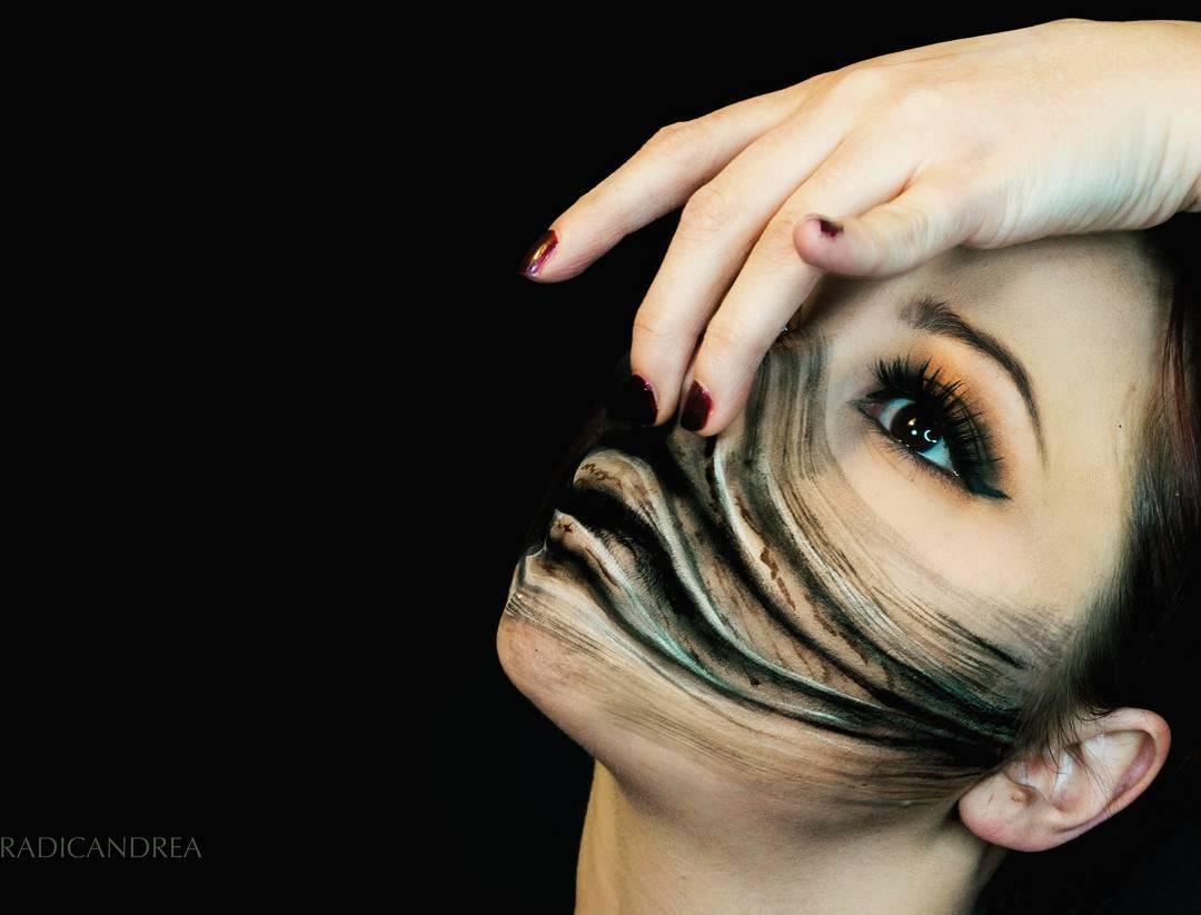 Esta maquiadora se transforma em terríveis monstros de pesadelo 01