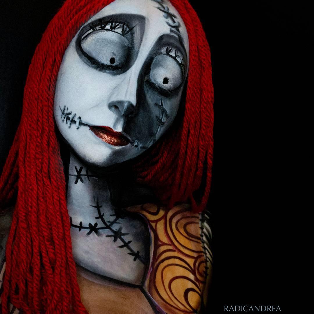 Esta maquiadora se transforma em terr�veis monstros de pesadelo 06