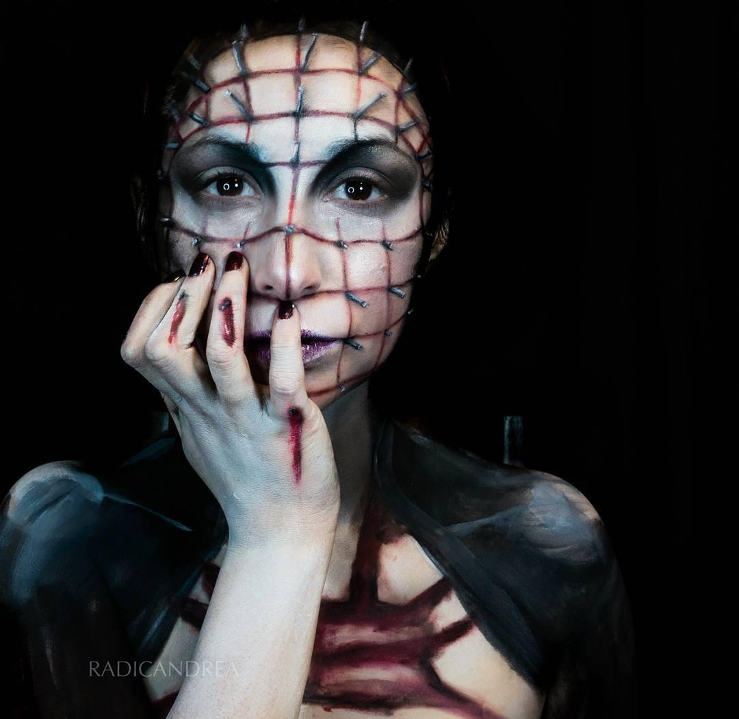 Esta maquiadora se transforma em terr�veis monstros de pesadelo 09
