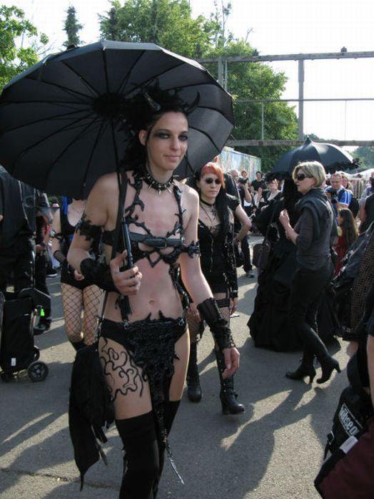 Wave Gotik Treffen, um festival gótico em Leipzig 37