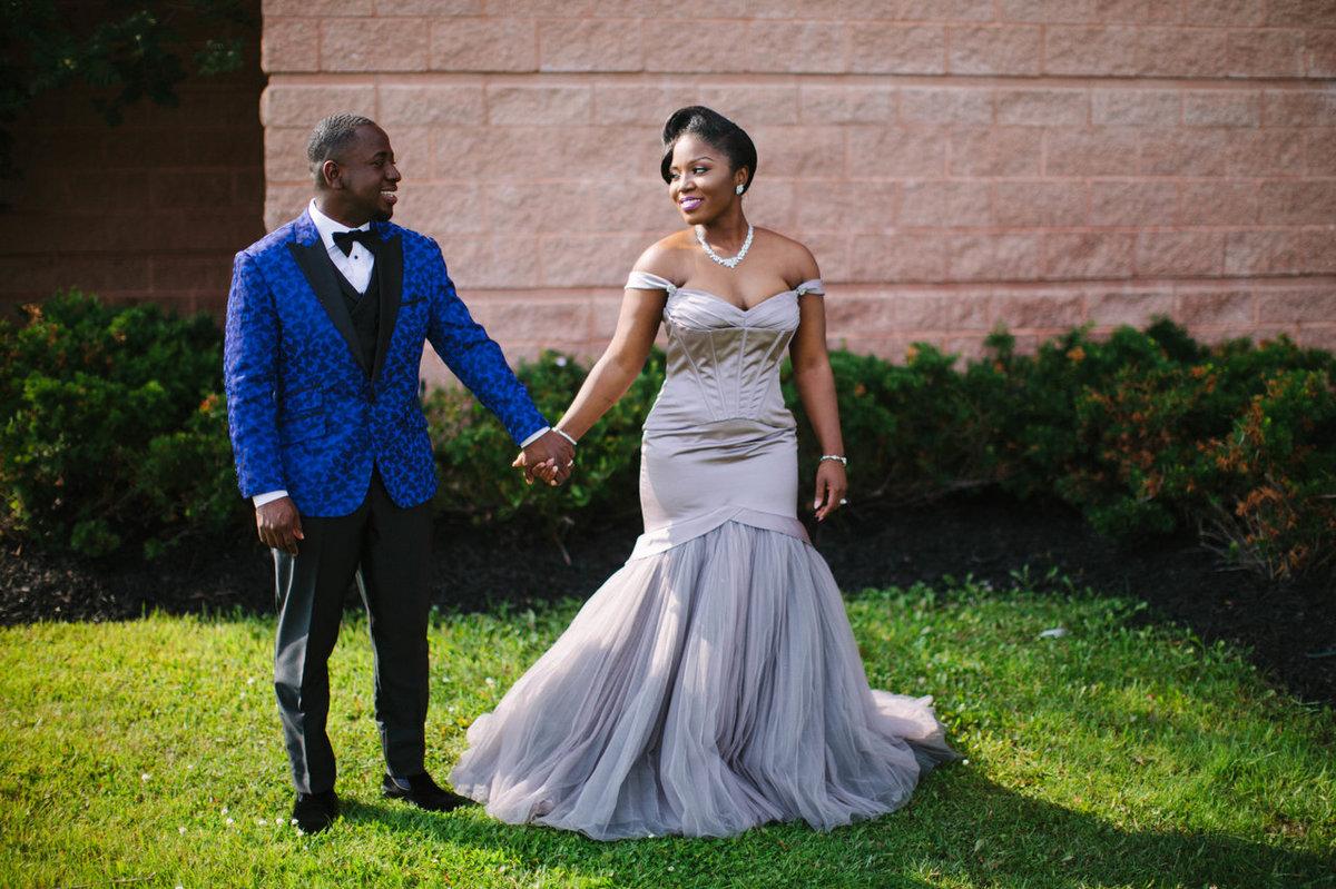 25 noivas deslumbrantes que fugiram do branco na hora de escolher seu vestido 09
