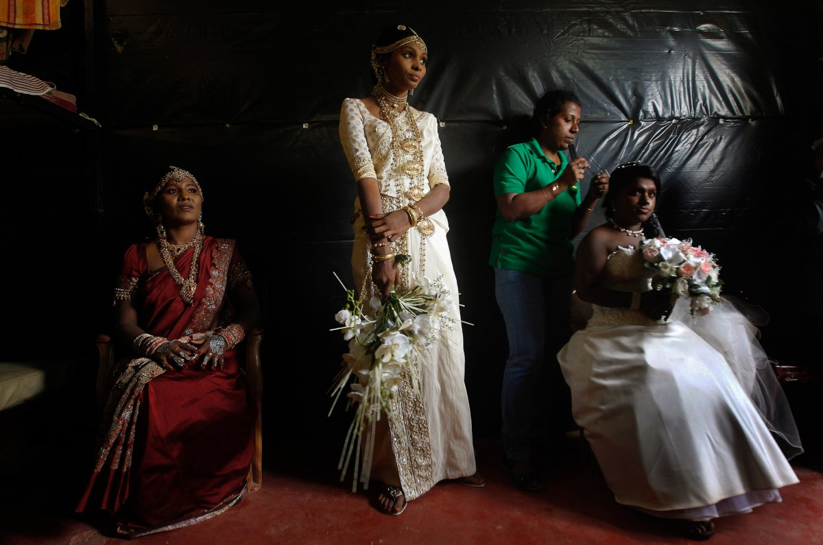 27 belas fotos de vestidos tradicionais de casamentos por todo o mundo 04