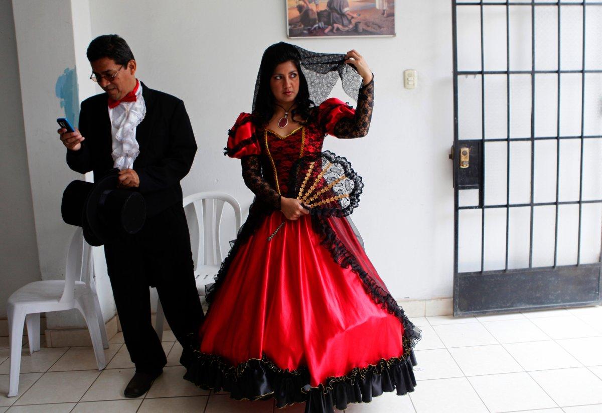 27 belas fotos de vestidos tradicionais de casamentos por todo o mundo 16