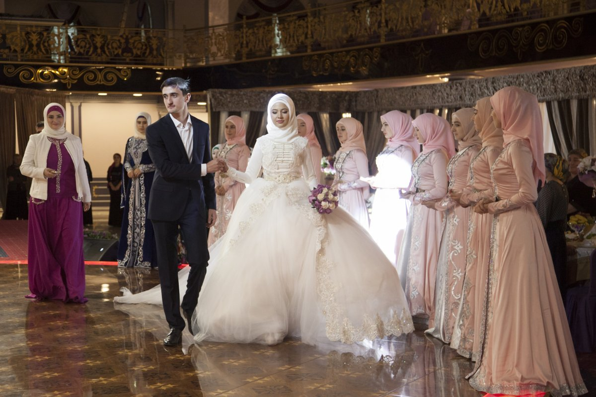 27 belas fotos de vestidos tradicionais de casamentos por todo o mundo 23