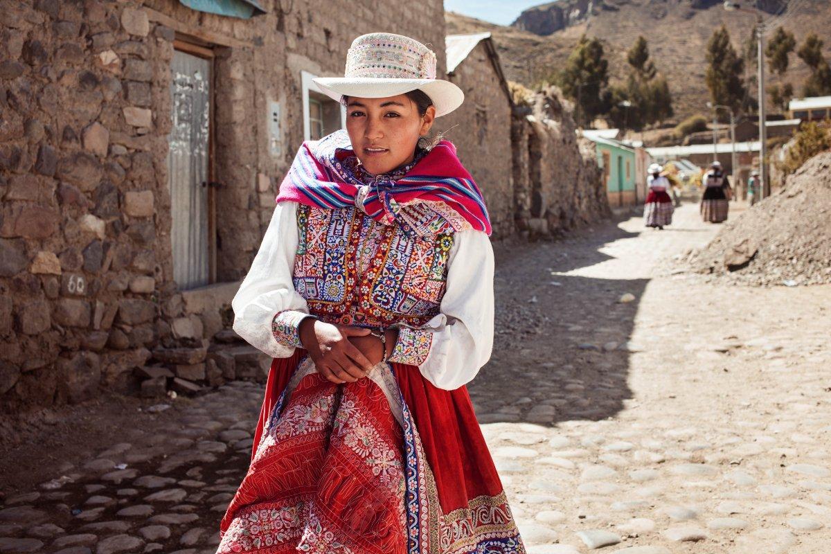 Fotógrafa viajou o mundo para ver como é definida a beleza em 37 países 03