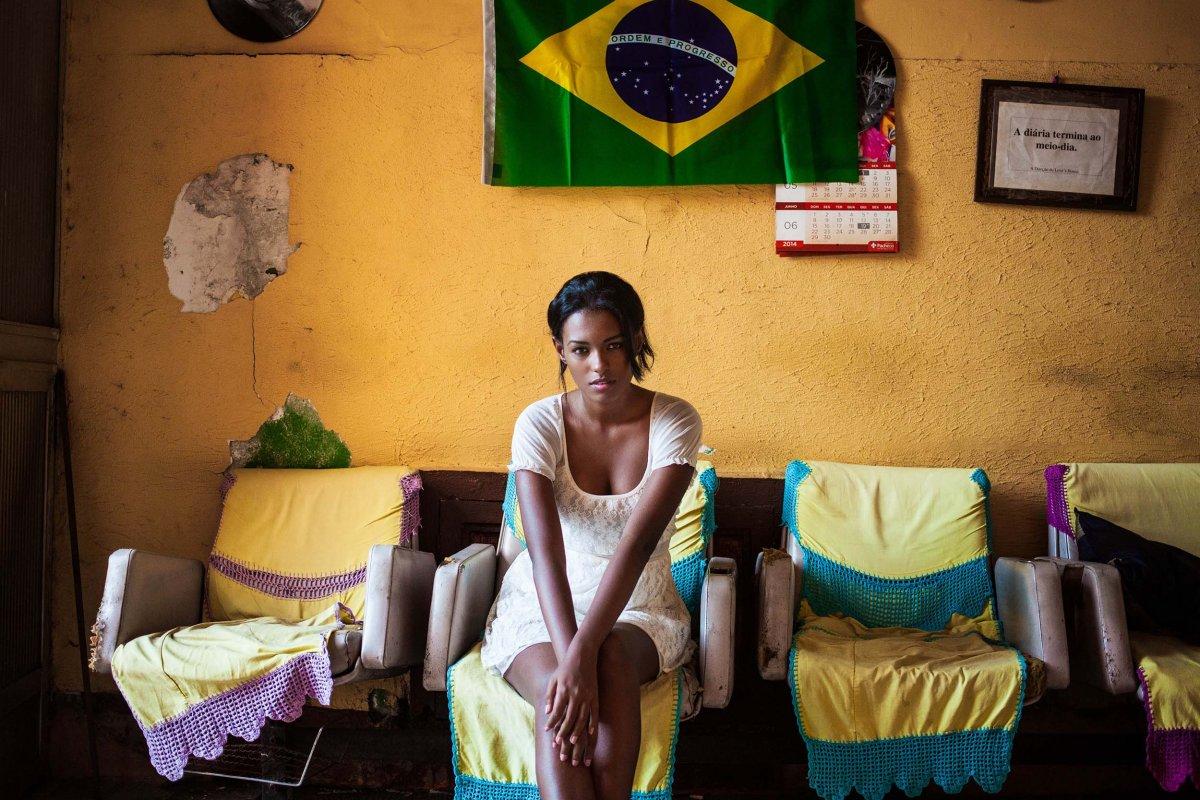 Fotógrafa viajou o mundo para ver como é definida a beleza em 37 países 26