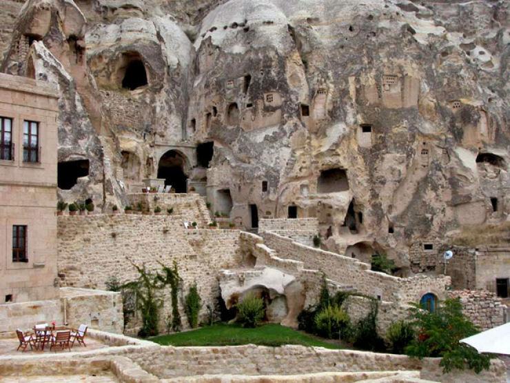 Hotel das cavernas na Turquia 01