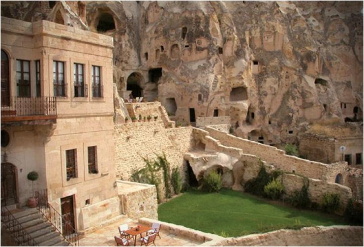Hotel das cavernas na Turquia 03