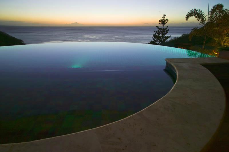 Jade Mountain Resort, um local onde seus sonhos infinitos dormem 01