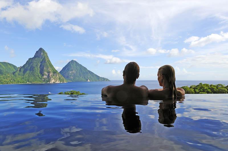 Jade Mountain Resort, um local onde seus sonhos infinitos dormem 02