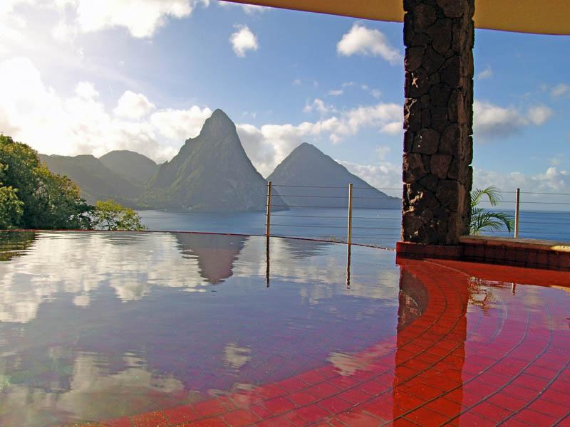 Jade Mountain Resort, um local onde seus sonhos infinitos dormem 09