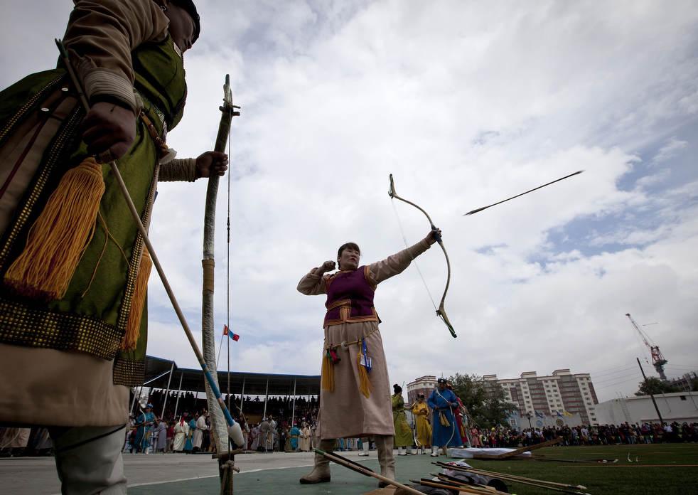 Naadam, os três jogos masculinos da Mongólia em 2012 01