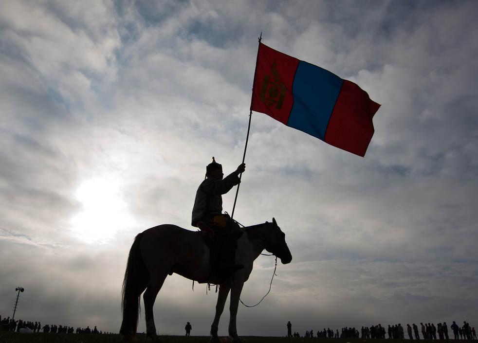 Naadam, os três jogos masculinos da Mongólia em 2012 02