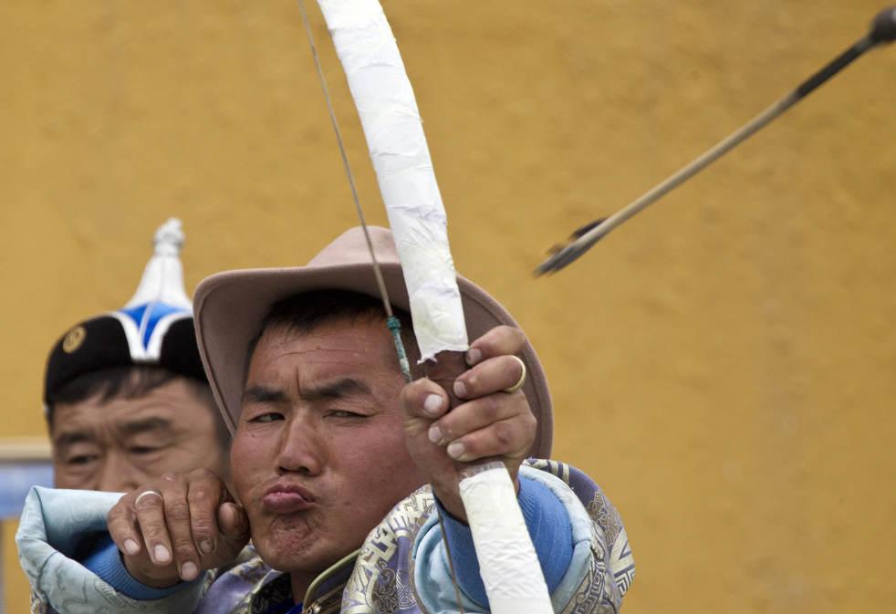 Naadam, os três jogos masculinos da Mongólia em 2012 05