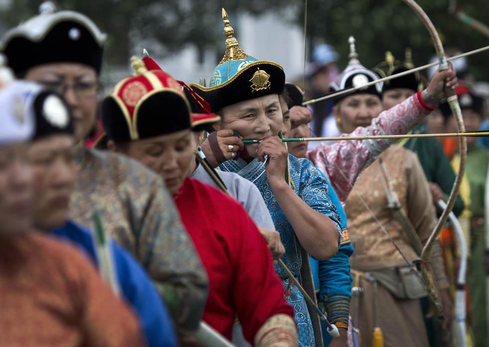 Naadam, os três jogos masculinos da Mongólia em 2012 06