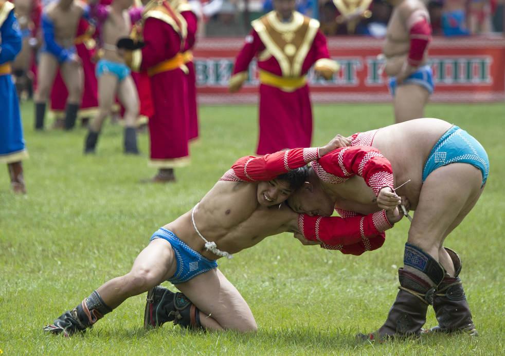 Naadam, os três jogos masculinos da Mongólia em 2012 10