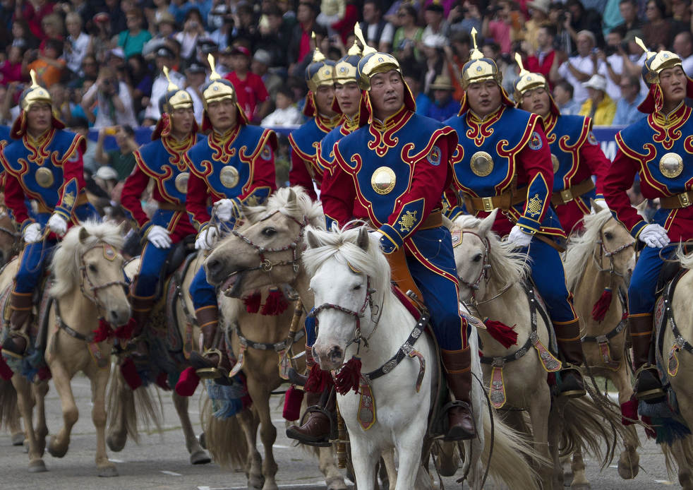 Naadam, os três jogos masculinos da Mongólia em 2012 14